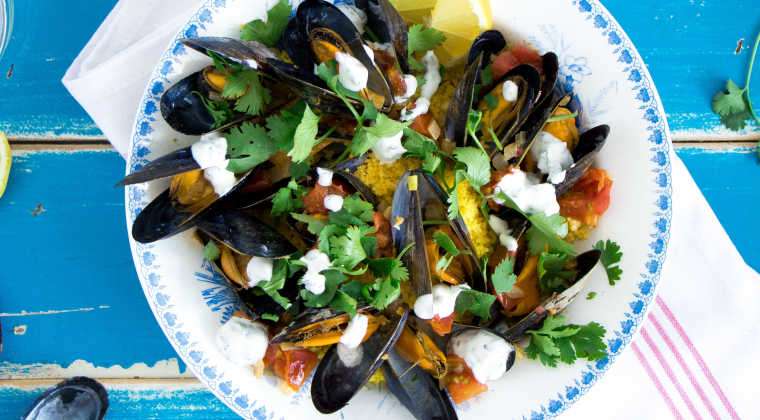 Saffron couscous with mussels