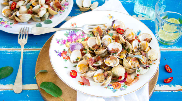 Cockles with crispy Parma ham and sherry