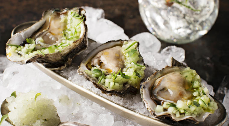 Oyster 'Verte' with Black Tomato Gin